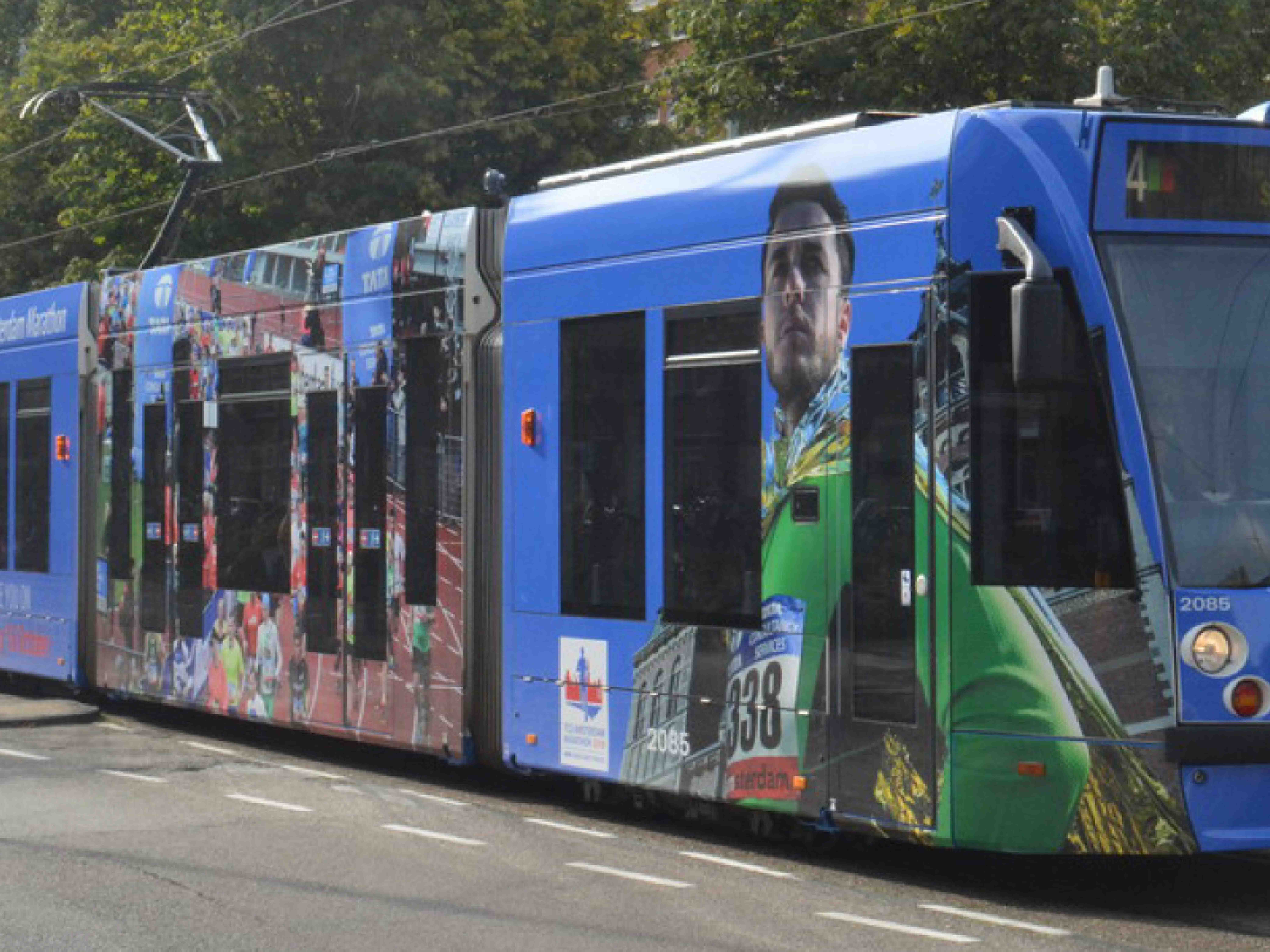 Le Champion Tram signing